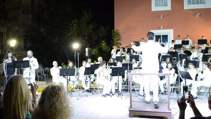 Δημοτική Φιλαρμονική Πύλου Νέστορος - Συναυλία World music nights - Brindisi